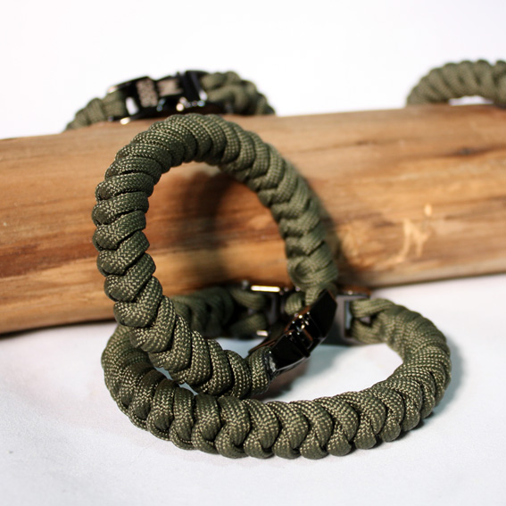 Army Green Paracord Bracelet Touchwood